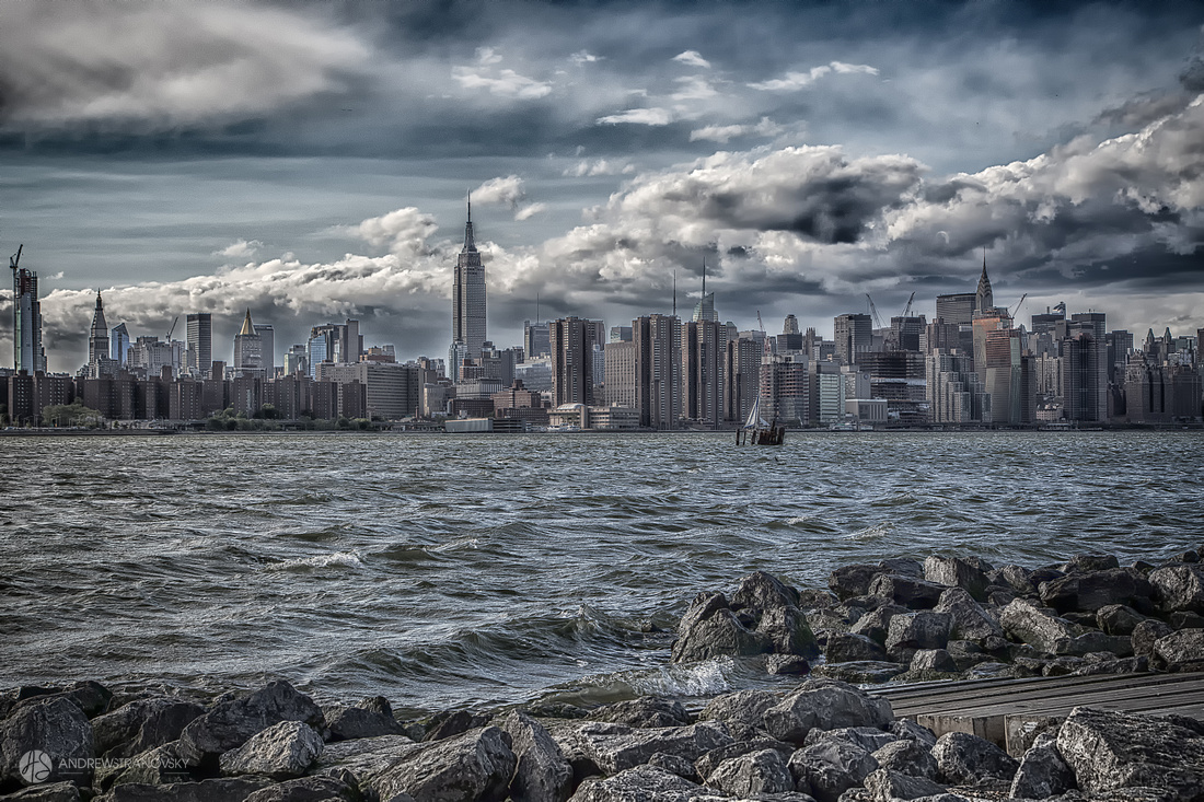 Clouds over the Empire State Building