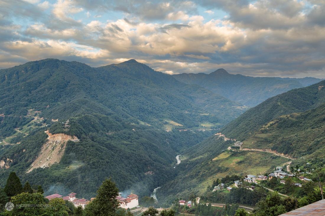 Trongsa Dzong and Valley